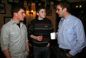 Gradam Ceoil Young Musician 2014 winner, Bryan O'Leary (centre) pictured with Colm Guilfoyle (left) and Paudie O'Connor at a recording of a programme in the Geantraí series at Browne's Bar on March 10-2011. ©Photograph: John Reidy