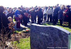 The late Paddy Cronin got a fine Sliabh Luachra send off at Aghadoe Cemetery this morning. Musicians travelled from all over the country to bid the iconic musician a final farewell. The musicians here include: Gearóid Ó DuinnÍn, Bryan O'Leary, Joe O'Sullivan, Con Moynihan, Colm Guilfoyle is in there somewhere; Máire Uí Dhálaigh, Connie O'Connell, Paudie Gleeson, Donal Moroney,  Matt Cranitch and Tim O'Keeffe. ©Photograph: John Reidy 19-3-2014