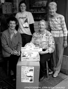 Members of the AWARE Daisy Days Collection team in Castleisland in 2002 were, seated : Eileen O'Sullivan (left) and Mary O'Connell. Karina O' Mahony, (back left) and Phil O'Mahony. ©Photograph: John Reidy 13/09/2002