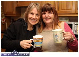 Sharon Shannon and Mary Jones enjoying a pre-show cuppa in Ballymacelligott on Friday night. ©Photograph: John Reidy 9-1-2015