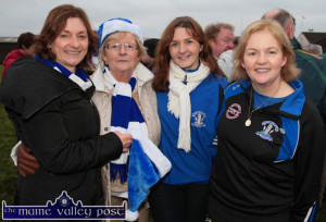 The honoured, Aileen Lynch (right) with from left: Paulette Leonard, Cáit Browne, Eilish O'Leary in Corofin after the All-Ireland Intermediate final. ©Photograph: John Reidy 29-11-2014