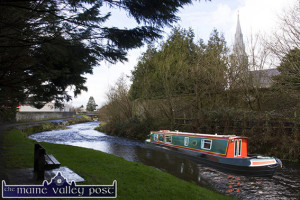 The scaled down Ballinamore Narrowboat tied up outside the Nuns' Wall after its exploratory trip up river.  ©Photograph: John Reidy