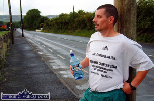 The late Humphrey Murphy pictured setting out on a training run in 2004. He was part of the Eamonn Coughlan team which raised funds for the Crumlin Hospital for Sick Children by running in the Addidas Dublin City Marathon in October of that year.       ©Photograph: John Reidy 1-7-2004