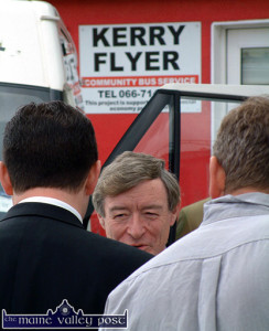 The late Minister for Transport, Seamus Brennan, TD pictured at the Kerry Flyer Community Bus Service at its Tralee Road base in 2003.  ©Photograph: John Reidy 21/07/2003