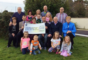 At the cheque presentation were:  Ruby Horgan, Kelvin O'Connor, Sophie Horgan, Kirsten O'Connor. Middle from left: Hannah Mai Murphy, Jack Shanahan  Kerry Hospice, Doreen O'Connor, Billy O'Connor, Mick O'Connor, Mai O'Connor. Back row: Mike Murphy, Bridget Herlihy, Bridget O'Connor, Evan Horgan, Martin Horgan, Hanna Herlihy and John Murphy.