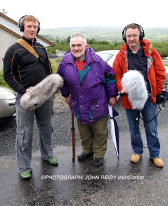 1958 RÁS Tailteann winner the late Mick Murphy with RTÉ Radio One documentary makers, Liam O'Brien (left) and Peter Woods at Laccabawn during 2006 RÁS and the making of the documentary.   ©Photograph: John Reidy 24/05/2006