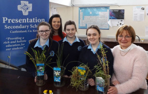 Science teachers: Dayna Hurley (left) and Veronica Ross-Dowd pictured with Gillian Hanifan, Tamarac Horan and Molly O'Callaghan who have been selected to take part in the Young Scientist finals at the RDS in Dublin in early January.