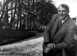 The late Johnny O'Mahony pictured at home at Beach Grove Farm in April 1995.  ©Photograph: John Reidy 20-4-1995