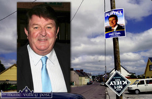 Ballylongford Pole: Local man Liam Purtill appears to be heading the pole in his local village as Dan Kiely from neighbouring, Tarbert looks like he's heading in the other direction on this election pole ahead of the 2009 local elections.   ©Photograph: John Reidy 29/05/2009