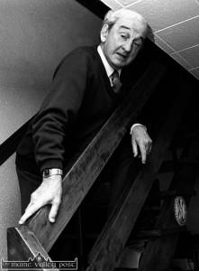 John B. Keane at home in William Street, Listowel. ©Photograph: John Reidy 22/07/1993
