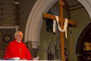 Monsignor Dan O'Riordan wrapping up the hugely successful 2015 Good Friday Dramatisation of the Passion and Death of Christ by the Tralee based St. John's Parish Actors and Choir at the Church of Saints Stephen and John. ©Photograph: John Reidy 3-4-2015