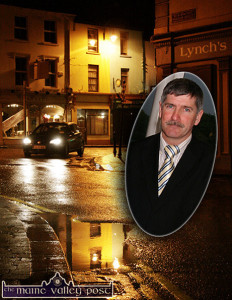 Listowel's William Street is now in Deputy Michael Healy Rae's sights and he's looking forward to looking after the concerns of his voters and new constituents. Inset: Former Listowel UDC Mayor Pat Loughnane, during his Fianna Fáil days, is now firmly in the Healy Rae camp.  Cllr. Loughnane was a constant campaigner for better road and street conditions for his native town. ©Photograph: John Reidy