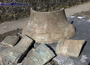 The five remaining pieces of the bell as they were returned to the Ivy Leaf Art Centre this morning. ©Photograph: john Reidy