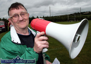 The late Tom Greaney in his role of announcer at Knocknagoshel Pattern Day Sports.  ©Photograph: John Reidy 15/08/2008
