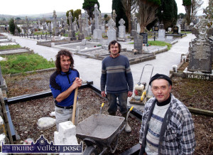 Flash-back to 2005: Supervisor, Willie Reidy (right) pictured with: John Lenihan (left) and Pat O'Donoghue as they completed restoration work on the footpaths at Kilbanivane Cemetery (Pembroke's) before Christmas. The work was carried out on behalf of Castleisland Community Council. ©Photograph: John Reidy  16-12-2005