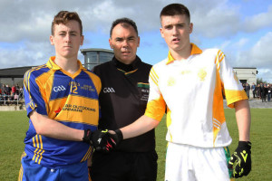 Kenmare District captain, Tadhg Ó Siochrú (left) with Castleisland District captain and Man-of-the-Match award winner, Eddie Horan and referee, Paul Hayes, Kerins O'Rahilly's. Photograph: Tom O'Donoghue.