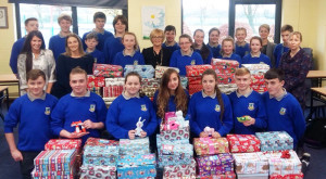 Third years class  at Castleisland Community College completing their Christmas 2016 project with Ms. Murphy, Ms. Healy and Ms Killington.