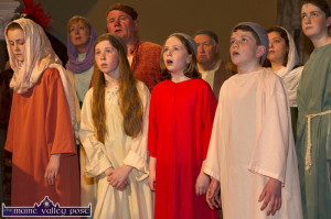 Reaction to the crucifixion scene as the drama unfolds at the Church of Saints Stephen and John during the Good Friday 2015 Dramatisation of the Passion and Death of Christ by the Tralee based St. John's Parish Actors and Choir. ©Photograph: John Reidy 3-4-2015