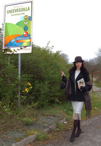 Terri Murphy as Peggy O'Neil on her return as The Girl from Gneeveguilla at her book launch at the weekend.