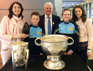 Loughfouder to Croke Park: Pupils and teachers of Loughfouder National School, Knocknagoshel who received their Cumann na mBunscol School of the Year Award from the GAA National President Aodán Ó Fearghaíl during their recent visit to Croke Park. Principal, Elizabeth Lane (left) is pictured with Seán Keane, Aodán Ó Fearghaíl, Katelyn Curtin and Emer O'Shea.