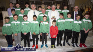 Castleisland AFC members with Fr. David Lupton who celebrated the 50th anniversary of his ordination with a concelebrated mass with Fr. Dan O'Riordan in Castleisland. Included are, front from left: Seán O'Sullivan, Shay Lawless, Cian Downey, Alvero Marquiz, Daniel Murphy, Ben brosnan, Alex Kepp, Evan Murphy, Liam O'Sullivan and Freddie Galwey. Second row from left: Christopher Devane, Ruairi Bourke, Fr. Dan O'Riordan, PP Castleisland; Georgie O'Callaghan, Fr. David Lupton and John Mitchell. Back from left: Pa O'Rourke, Tony Horgan, Pádraig Hilliard, Óisín Shanahan, Connie O'Connor, Colm Roche and Dane Hewitt.  ©Photograph: John Reidy The Castleisland AFC Juvenile Club guard of honour after the concelebrated mass by Fr. Dan O'Riordan and Fr. David Lupton. ©Photograph: John Reidy 28/05/2017