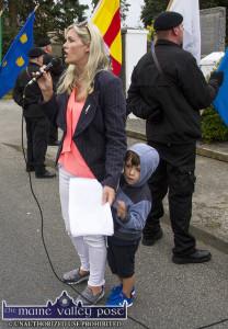 Cllr. Toiréasa Ferris addressing the gathering at the 2016 Bonn-Doherty Sinn Féin Cumann 1921 Commemoration with her little boy, Seanadh in Castleisland. ©Photograph: John Reidy