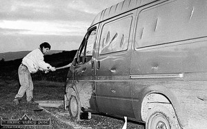 Willie O'Brien attacks the relatively new Ford Transit in which his brother died the previous week.  ©Photograph: John Reidy 19-2-1993