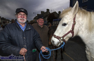 The late Eddie Hayes (left) with Martin O'Halloran from Kilflynn at Castleisland Horse Fair. ©Photograph: John Reidy 1-11-2016